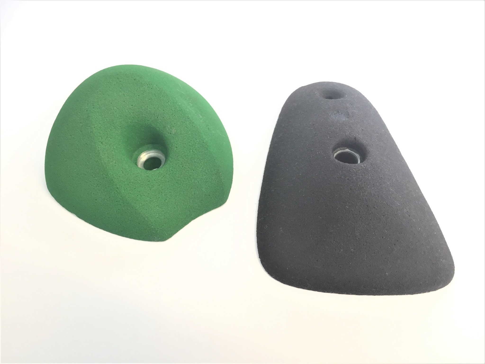 Molded climbing handles made of epoxy