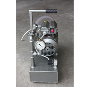 Vacuum pump for vacuum bagging