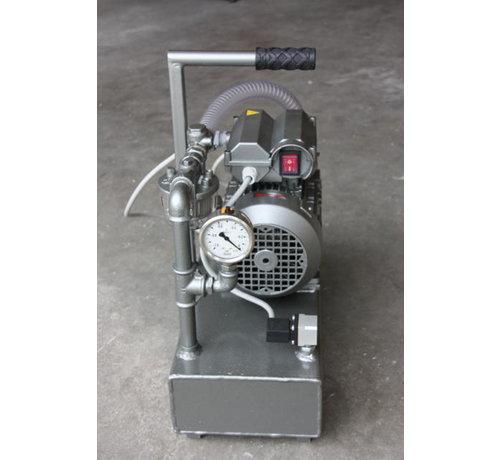 Vacuümpomp voor vacuüm bagging  met buffertank 10 liter