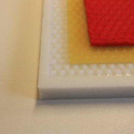 Selber eine Bienenwabe erstellen mit Silikon und Wachs