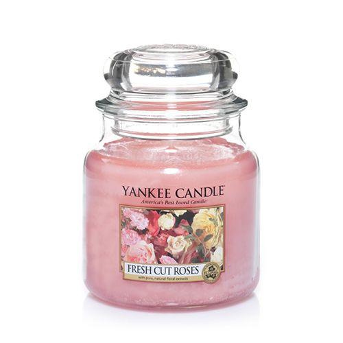 Yankee Candle - Fresh Cut Roses Medium Jar
