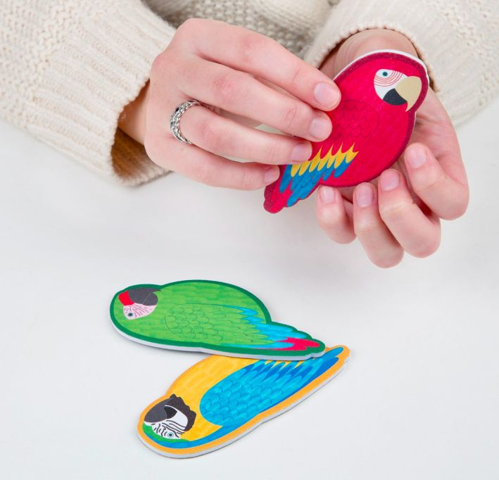 PARROT FILE - RED