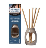 Yankee Candle - Pre-Fragranced Reed Diffuser Starter Kit: Embossed Vessel (Black Coconut)