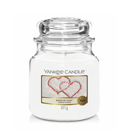 Yankee Candle - Snow In Love Medium Jar