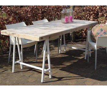 """""""Lystrup Garten"""" Bauholz Tisch mit Tischböcken  aus Stahl"""