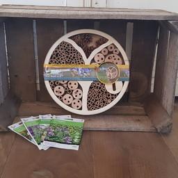 Moestuinplant Cadeaupakket ''insectenhotel''