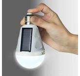 SOLAR LED-LAMP VOOR IN DE TUIN OF OP CAMPING