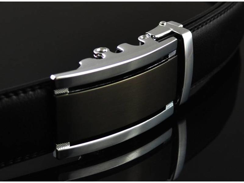 LEDEREN RIEM zonder gaatjes, met automatische gesp ( model22 )