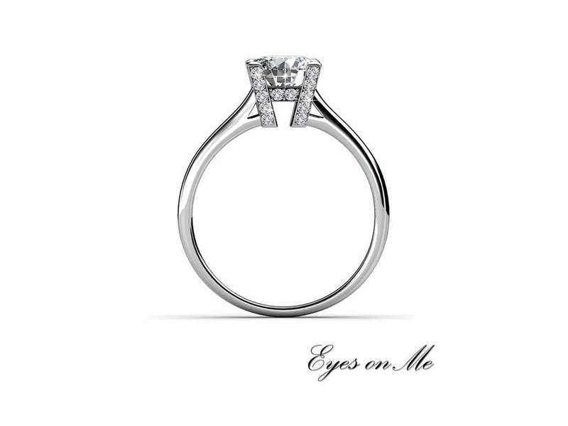 """""""Eyes on Me"""" witgoud vergulde ring met SWAROVSKI  elements (model R0009-WG)"""