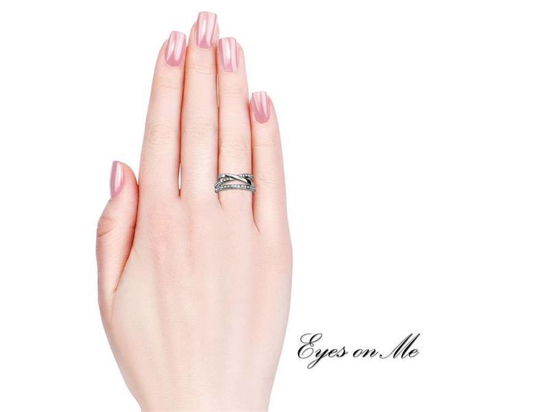 """""""Eyes on Me"""" met witgoud vergulde ring met SWAROVSKI elements  (model R0018-WG)"""
