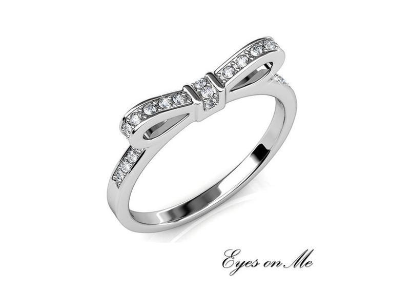 """""""Eyes on Me"""" witgoud vergulde ring met SWAROVSKI elements  (model R0022-WG)"""