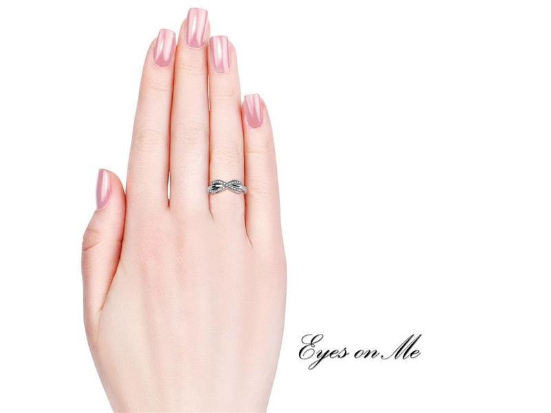 """""""Eyes on Me"""" met witgoud vergulde ring met SWAROVSKI elements  (model R0028-WG)"""