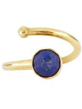 Marissa Eykenloof Gouden ring met Lapis Lazuli kinderen