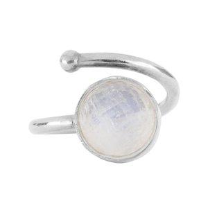 Marissa Eykenloof Zilveren ring met maansteen