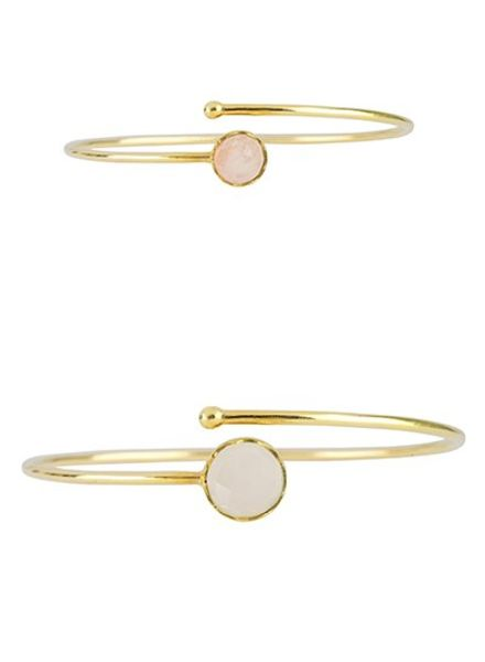Marissa Eykenloof Set gouden armbanden met maansteen