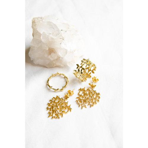 Marissa Eykenloof Nyssa wide tree ring gold
