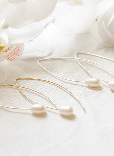 Marissa Eykenloof Celestia pearl  earring silver