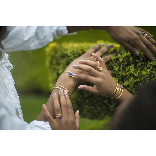 Marissa Eykenloof Gouden ring met maansteen kinderen