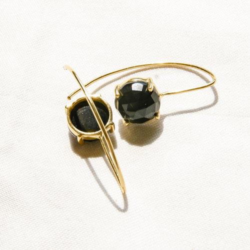 Marissa Eykenloof Sara Gold earring with Black Onyx