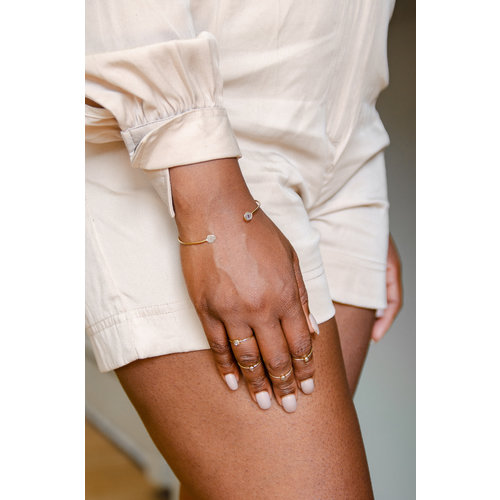 Marissa Eykenloof Fine jewelry: 14ct Gold bangle with sliced diamond