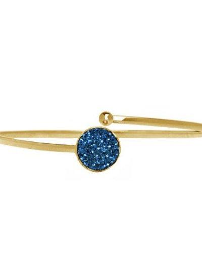 Marissa Eykenloof Gouden armband met blauwe druzy agaat