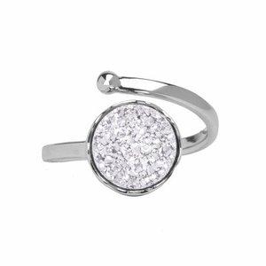 Marissa Eykenloof Zilveren ring met witte druzy
