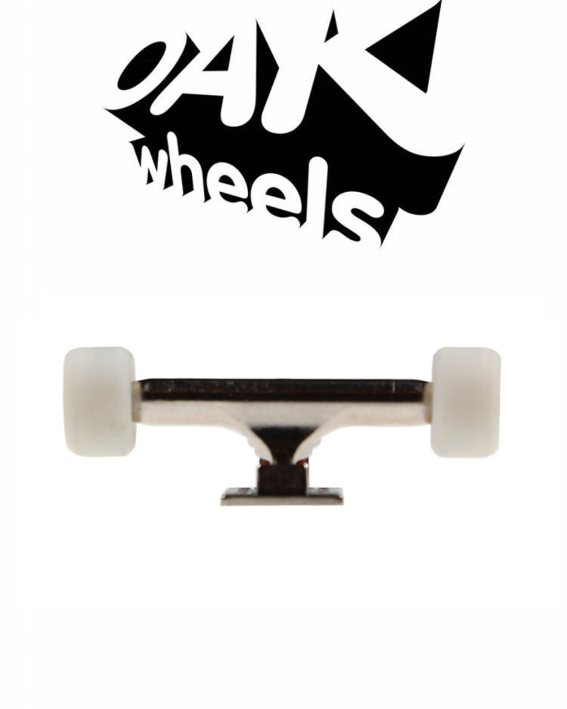 Oak Wheels RV2V Original White