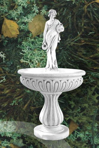 Demmerik 73 F377 Fontein vrouwbeeld