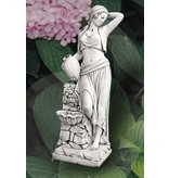Demmerik 73 F184 Vrouwbeeld + fonteintje