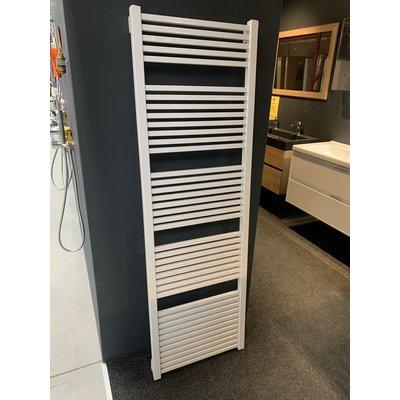 Sanitairstunthal Designradiator 540x1700mm hoogglans wit. (licht beschadigd)