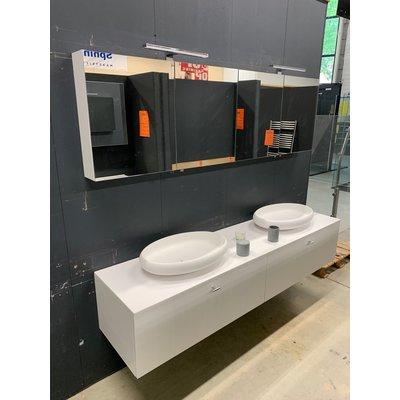 Thebalux Badmeubel Solid X 200cm breed inclusief spiegelkast met opbouwverlichting. (VERKOCHT!!!)