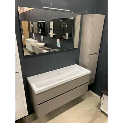 Thebalux Beat Badmeubel 120 x 45cm inclusief spiegel met verlichting en hoge kolomkast.