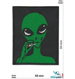 Alien Somking Alien - Dope