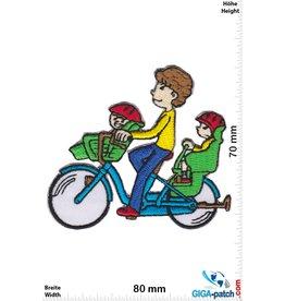 Daddy with 2 kids - bike