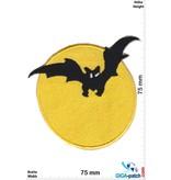 Bat Fledermaus im Mond