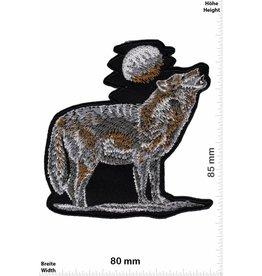 Wolf Wolf -Mond -heulender Wolf