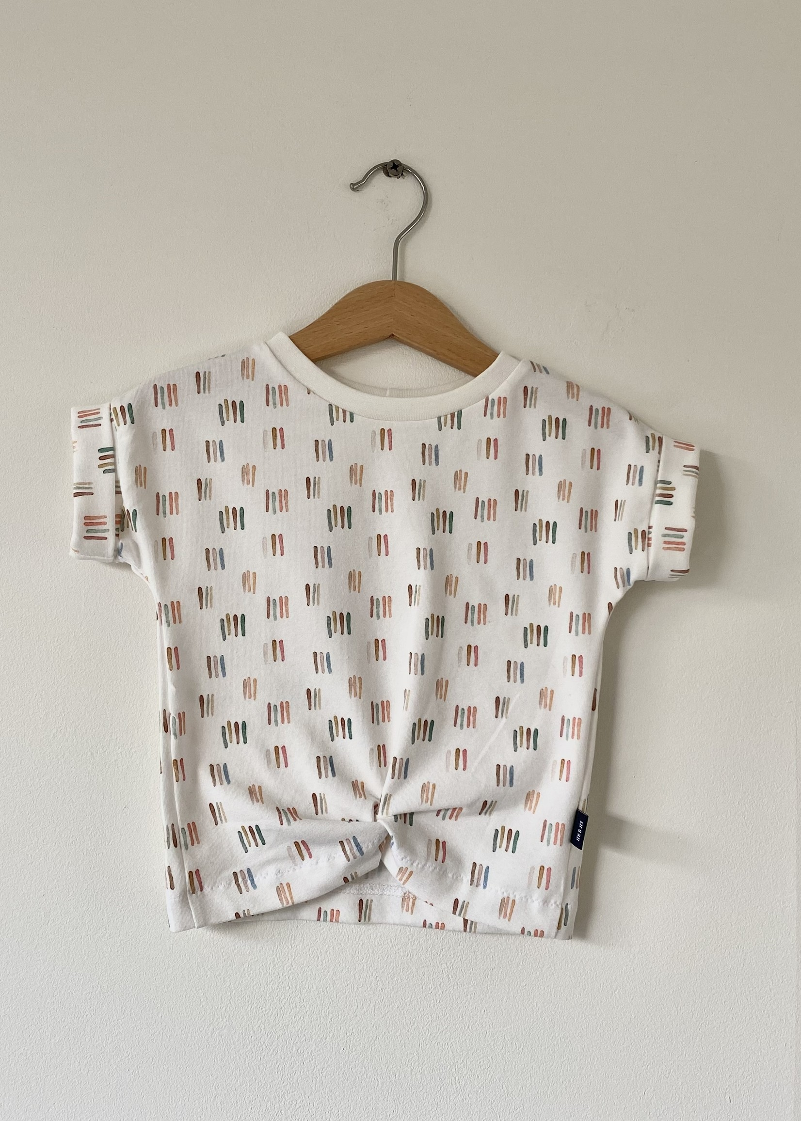 T-shirt Fons - verf streepjes SWIRL