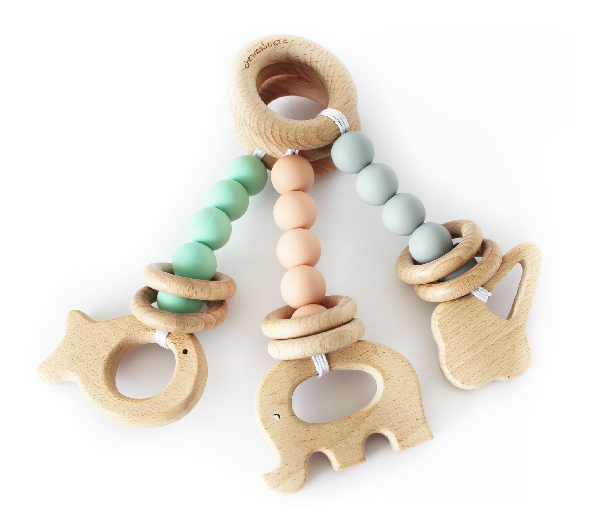 Chewie Play Rattle - houten baby speelgoed