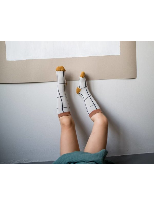 Grid Knee Socks