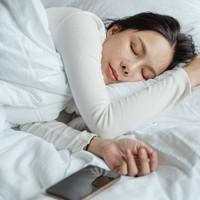 Welk hoofdkussen past het beste bij je slaaphouding?
