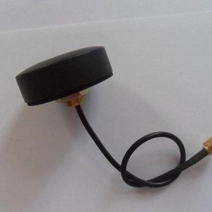 GPS puck antenna