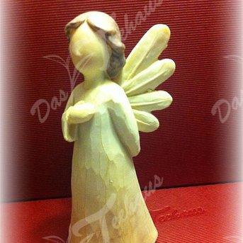 Schutzengel mit Hand am Herz, 14 cm