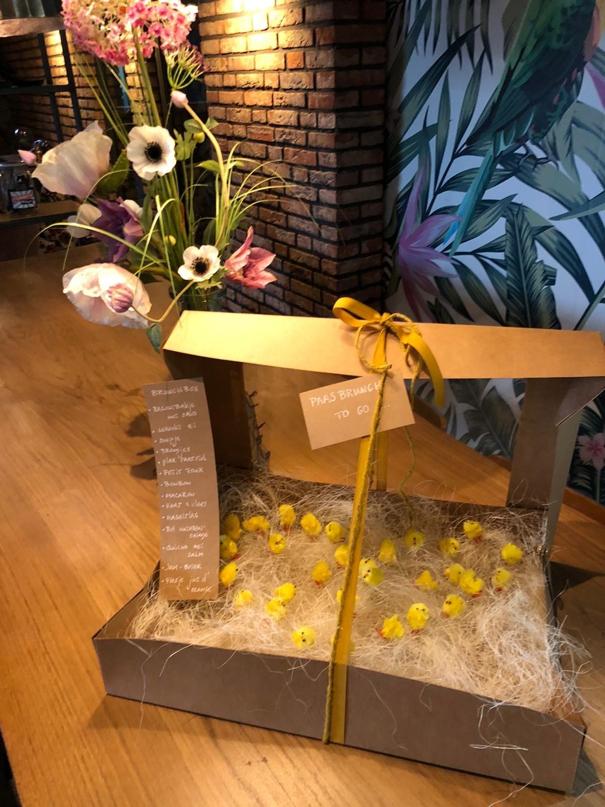 Grand Café de Klok Patisserie Paas Brunch Box. Per persoon te bestellen