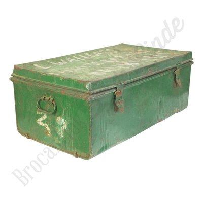 Groene metalen kist Nr. 2
