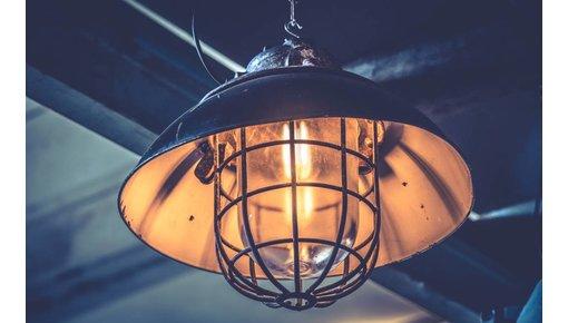 Industriële lampen en oude fabriekslampen
