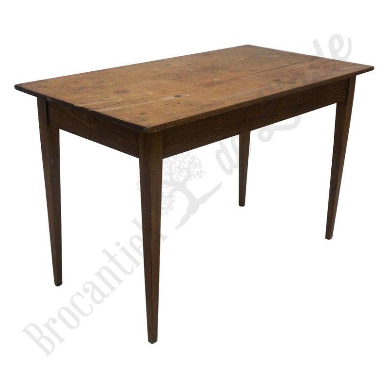 Retro bureau van hout