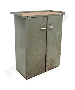 Stoer metalen dressoir 'Zelená'
