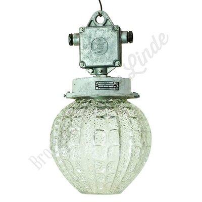 Oude glazen hanglamp 'Svetlo'
