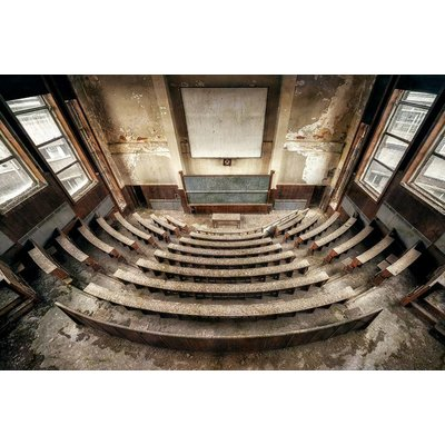 Urbex Art 'Lecture hall'