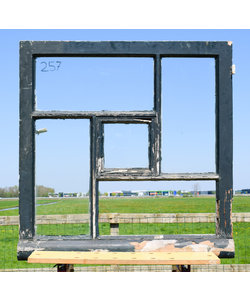 85,5 x 86 cm - Raam No. 257